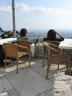 terras met uitzicht in Athene