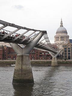 Millenium Bridge Londen