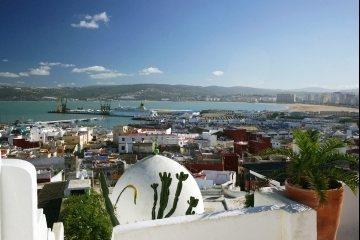 Tanger de haven de hotels het vliegveld en de medina for Tanger amsterdam