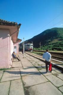station in Roemenie  Sureanu gebergte Roemenie